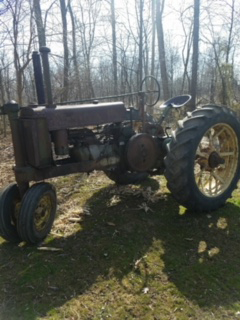 Consignment Auction Tractor